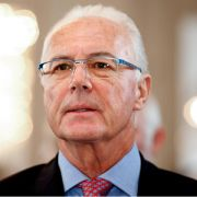 Beckenbauer unter Verdacht: Er unterschrieb Vertrag mit FIFA-Vize (Foto)