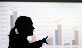 Frauen in Führungspositionen verdienen immer noch wesentlich weniger als ihre männlichen Kollegen. (Foto)