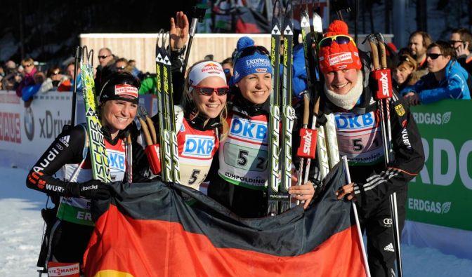Frauen-Staffel holt Gold - Emanzipation von Magdalena Neuner (Foto)