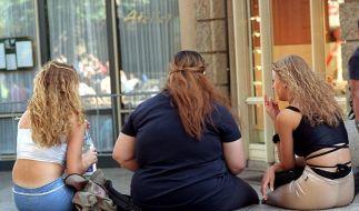 Frauen werden dicker und kleiner. (Foto)