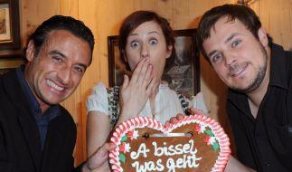 """Frederic Linkemann (r.) spielte 2012 gemeinsam mit Gunther Gillian (l.) und Marlene Morreis in der ZDF-Serie """"Schafkopf"""". (Foto)"""