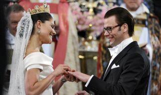 Freude in Stockholm: Victoria und Daniel sagen «Ja» (Foto)