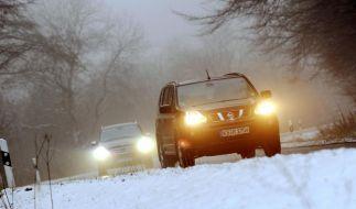 Früher Wintereinbruch bringt Autos ins Rutschen (Foto)