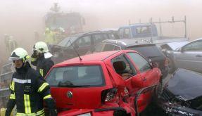 Fünf Tote bei Massenkarambolage auf der A 19 (Foto)