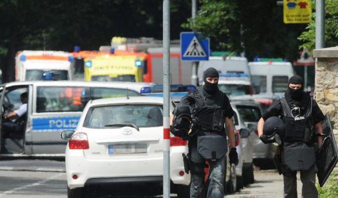 Fünf Tote nach Karlsruher Geiselnahme (Foto)