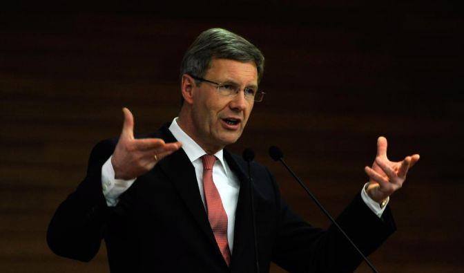 Für Bundespräsident Christian Wulff wird es eng.  (Foto)