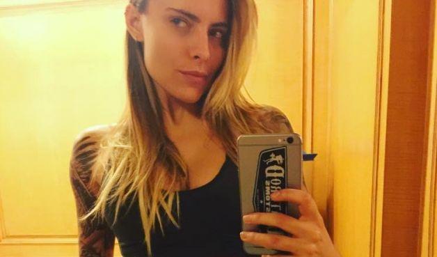 Für ihren perfekten Körper trainiert die 26-Jährige täglich im Fitness-Studio. (Foto)