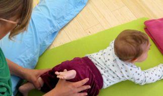 Für Nackte und Windelträger - Massenbewegung Yoga (Foto)