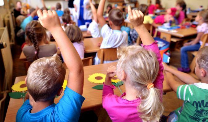 Für einen gesunden Start in den Schulalltag, haben nicht nur Schulanfänger viele Fragen, sondern auch ihre Eltern. (Symbolbild) (Foto)