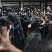 Blutsonntag in Barcelona - über 800 Verletzte (Foto)