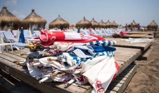 Für viele beliebte Urlaubsländer gibt es aktuell Reisewarnungen. (Foto)