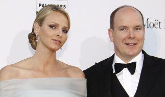 Fürst Albert II. von Monaco und seine Verlobte Charlene Wittstock (Foto)