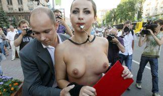 Fußball EM 2012: «Die Ukraine ist kein Bordell» lautet das Motto der Aktivistinnen. (Foto)