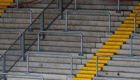 Fußball-Fanbeauftragte fordern Erhalt der Stehplätze (Foto)