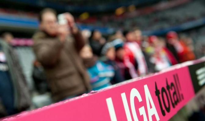 Fußballkrimi um Übertragungsrechte - Telekom gegen Sky (Foto)