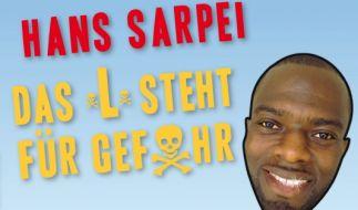 Fußballprofi und Kultobjekt: Hans Sarpei hat die besten Sprüche von und über sich in einem Buch veröffentlicht. (Foto)