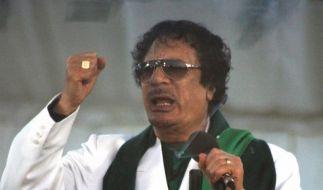 Gaddafi zeigt sich (Foto)