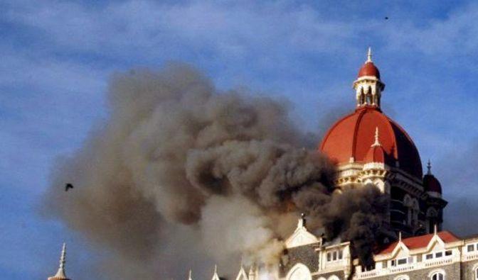 Gedenken an die Opfer der Mumbai-Anschläge (Foto)