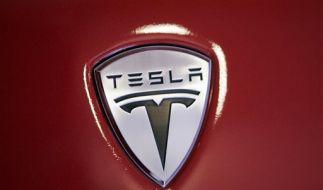 Gehört jetzt zu zehn Prozent zu Daimler: Tesla. (Foto)