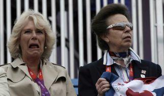 Gelangweilt oder begeistert? Camillas Gesicht lässt Spekulationen zu. (Foto)