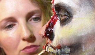 Gelatine bis Cornflakes: Horror-Make-up schminken (Foto)