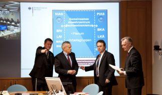 Gemeinsames Abwehrzentrum gegen Rechtsextremismus eroeffnet (Foto)