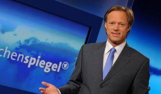 Gerhard Delling präsentiert ARD-«Wochenspiegel» (Foto)