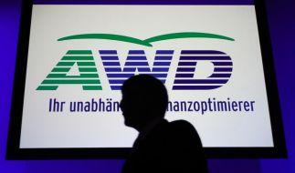 Gericht verhandelt Klagen gegen AWD (Foto)