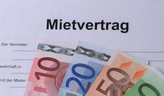 Geringverdiener in Deutschland müssen immer mehr von ihrem Einkommen für Wohnkosten aufbringen. (Foto)