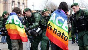 Germany NATO Summit Protest (Foto)