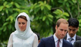 Gesenkte Blicke auf ihrer Asienreise: Prinz William und seine Kate erfuhren am Frühstücktisch im malaysischen Kuala Lumpur von den Oben-Ohne-Bildern der Herzogin. (Foto)