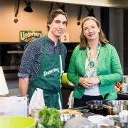Deutschlands erster Koch- und Singwettbewerb geht in die finale Phase (Foto)