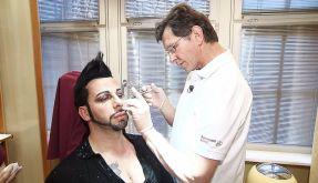 Glamourfan Glööckler lässt sich regelmäßig beim Schönheits-Doc Botox spritzen, um jung und frisch auszusehen. (Foto)