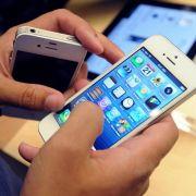 Glück für die Fans, Pech für Apple: Das iPhone 5 hat ein massives Image-Problem.