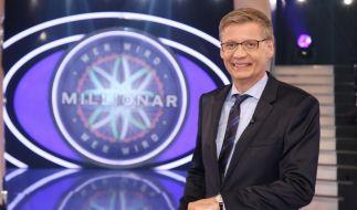 """Günther Jauch im Studio von """"Wer wird Millionär?"""". (Foto)"""