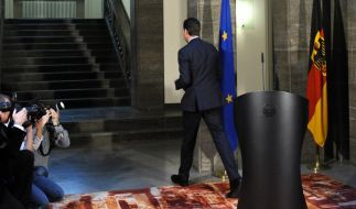 Guttenberg tritt zurück (Foto)