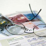 Haftpflichtversicherungen gibt es bereits für kleines Geld - wesentlich teurer ist es, Alltagsschäden selbst begleichen zu müssen.