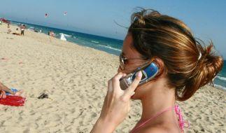 Handy-Strahlung kann zu Tumoren führen, urteilte ein italienisches Gericht. (Foto)