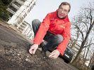 Harald Kraus verwaltet Schlaglöcher (Foto)