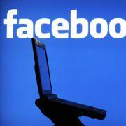 """Geldbußen bis zu 50 Millionen Euro! """"Facebook-Gesetz"""" beschlossen (Foto)"""
