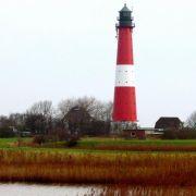 Nicht nur der Leuchtturm von Pellworm ist perfekt für Hochzeitspaare. Auch in vielen anderen Leuchttürmen an Nord- und Ostsee können sich Paare das Jawort geben.