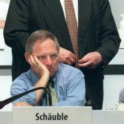 Nur selten stand Helmut Kohl im Schatten seines früheren Weggefährten Wolfgang Schäuble (vorne).