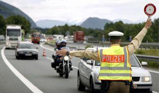 Herrmann droht mit Grenzkontrollen (Foto)