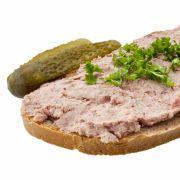 Hersteller ruft Leberwurst zurück wegen einer gefundenen Glasscherbe im Produkt. (Foto)