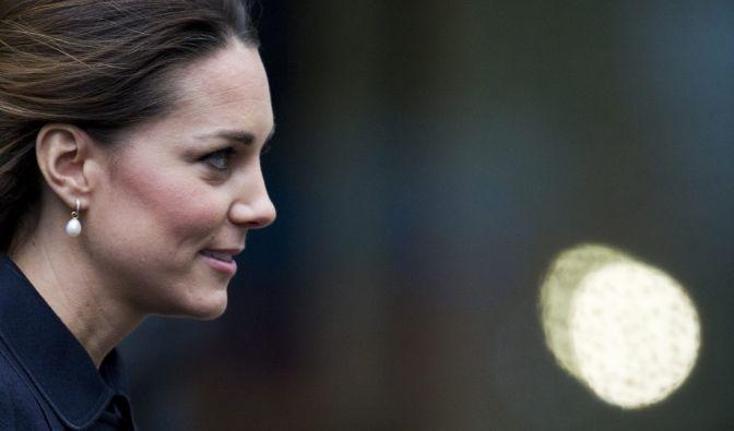 Herzogin Kate trägt am liebsten einen Edelstein, dessen Abbau der Taliban zu Gute kommt. (Foto)