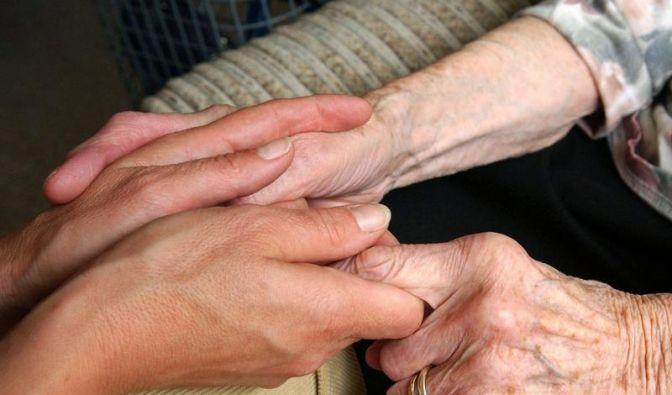 Hilfe für pflegende Angehörige geplant (Foto)