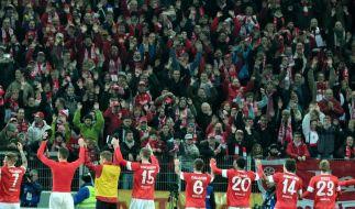Hintergrund: Fußball-Bundesliga weiter gut besucht (Foto)