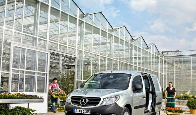 Hochdachkombi Mercedes Citan startet mit vier Motoren (Foto)