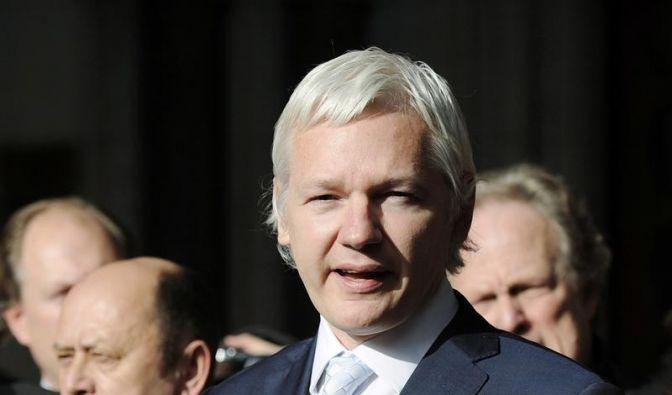 Höchstes britisches Gericht entscheidet über Assange (Foto)