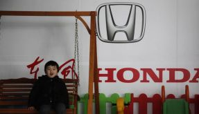 Honda ruft fast 700 000 Autos zurück (Foto)